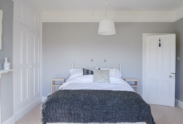 Dulux chic shadow home stuff pinterest for Dulux paint bedroom ideas