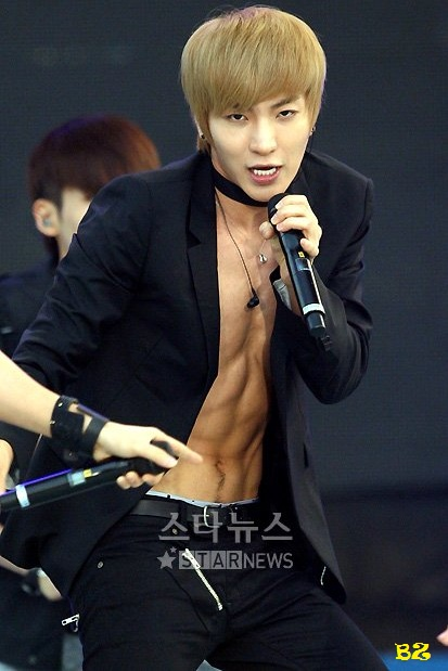 Leeteuk 이특 of Super Junior  Celebrities like yeah!!  Pinterest