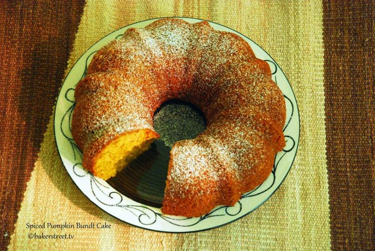 Spiced Pumpkin Bundt Cake and other bundt cake recipes