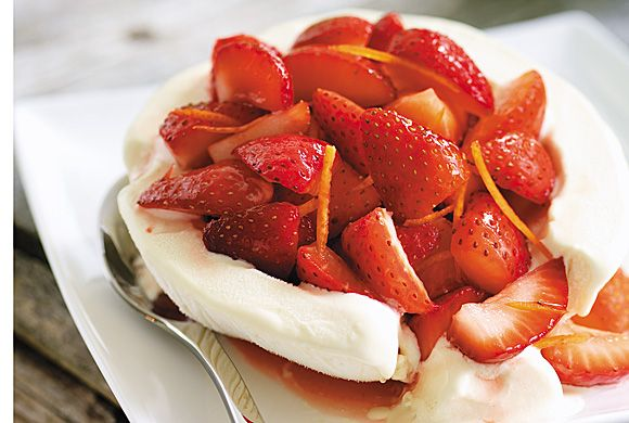 Strawberries Romanoff in Ice Cream Bowls: Never admit how easy it is ...