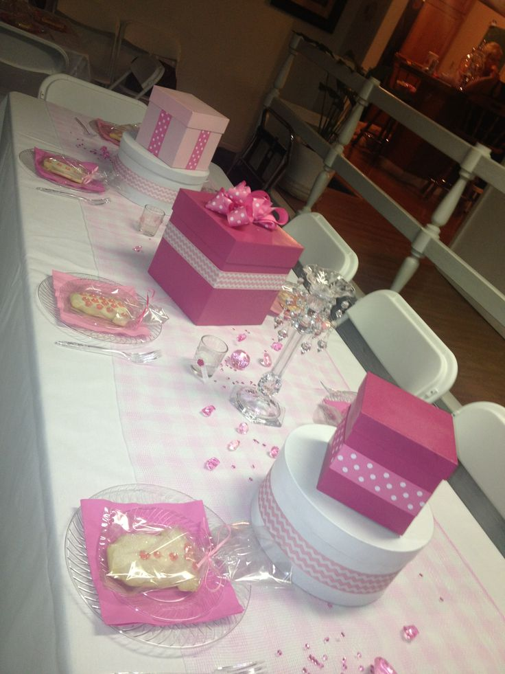 baby shower table set up here comes kamille pinterest