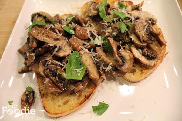 Simple Garlic Mushroom Bruschetta | Recipes | Pinterest