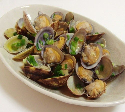Sake-Steamed Clams With Soy Butter Recipes — Dishmaps