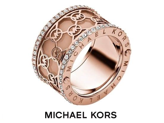 ber ideen zu michael kors schmuck auf pinterest michael kors michael kors armband und. Black Bedroom Furniture Sets. Home Design Ideas
