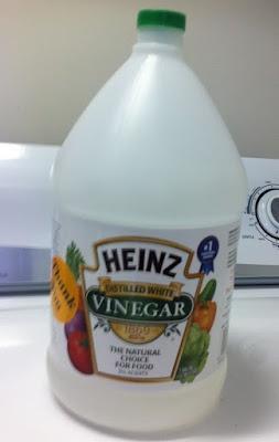 Uses for vinegar in laundry
