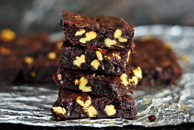 Cocoa Brownies With Browned Butter And Walnuts Recipe — Dishmaps