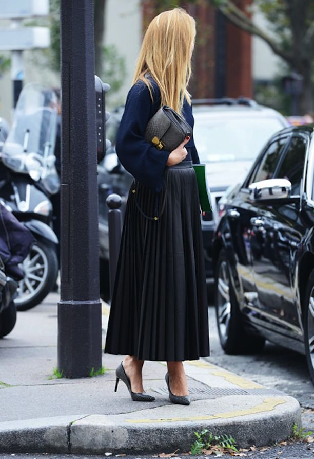 FASHION WEEK STREET STYLE BLACK AND NAVY BLUE LOOKS NAVY VOLUME SLEEVE BLOUSE CELINE PYTHON SNAKESKIN BOX BAG  PLATED BLACK MIDI SKIRT BLACK...