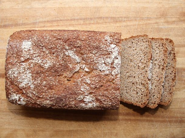 Kneadlessly Simple's 100% Whole Wheat Honey Bread | Recipe