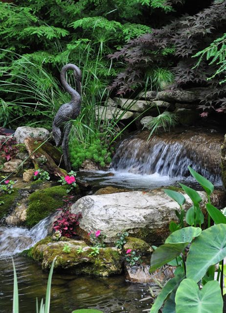 Backyard Water Features For Dogs : Three Dogs in a Garden  WATER FEATURES AND FOUNTAINS  Pinterest