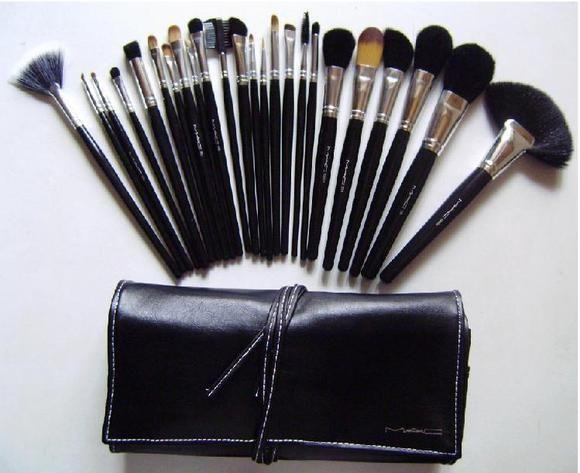 mac makeup brush set : Beauty : Pinterest
