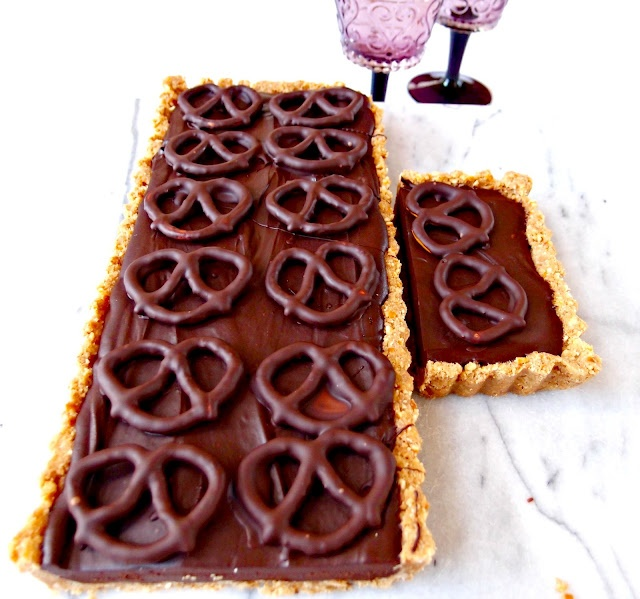 chocolate and salted pretzel tart | Foodstuff | Pinterest