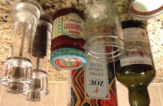 ... it sounds good! How to make homemade strawberry balsamic vinaigrette