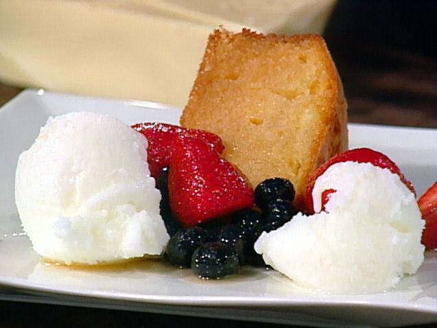 White Chocolate Buttermilk Cake with Macerated Berries and Buttermilk ...