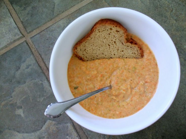 Vegan broccoli & Carrot Cheeze Soup! Just made it and it is DELICIOUS ...