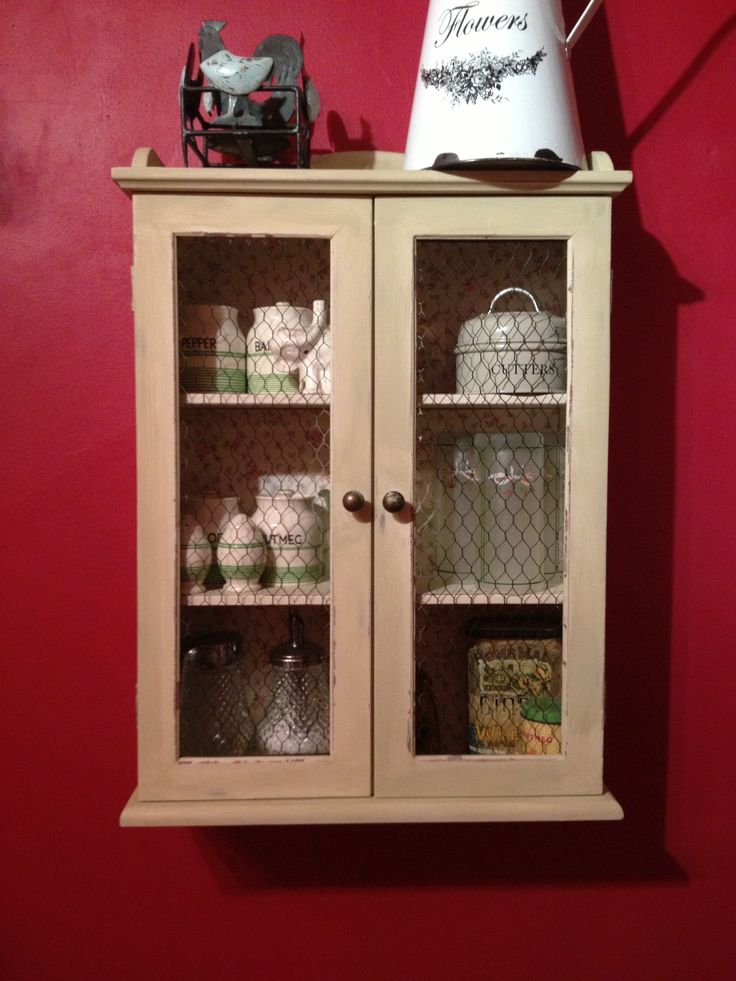 Chicken wire Versailles English rose shabby kitchen cabinet