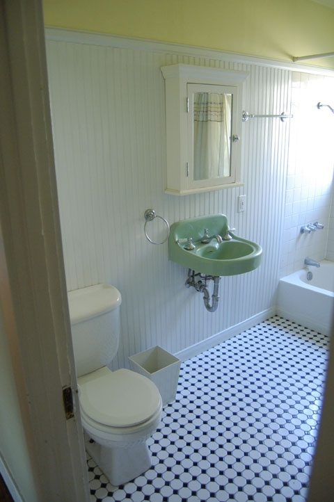 High wainscoting jack jill bath pinterest for How high should wainscoting be in a bathroom