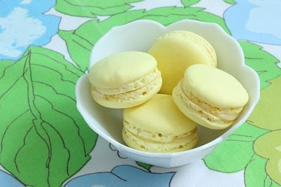 Lemon mascarpone macarons. I love the pale yellow color they have.