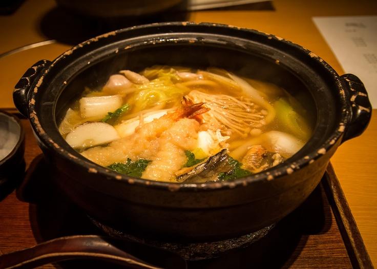 restaurant nabeyaki udon soup at shi ki nabeyaki udon soup at hana ...