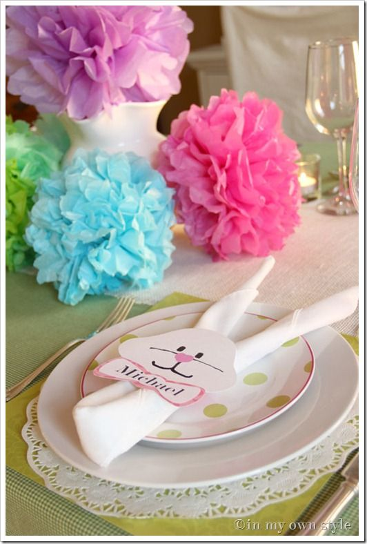 poms and easter bunny napkins.  easy