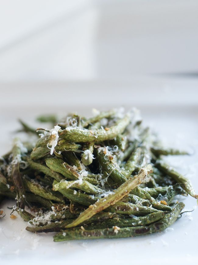 roasted_parmesan_green_beans_(bet you could do these on the grill, too ...
