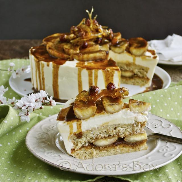 ... hazelnut cake with rum banana filling and cream cheese frosting! Yum