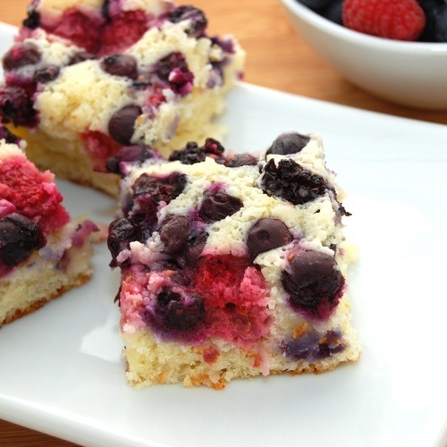Coconut-Lime Berry Cake - I made these last night, but used lemon ...