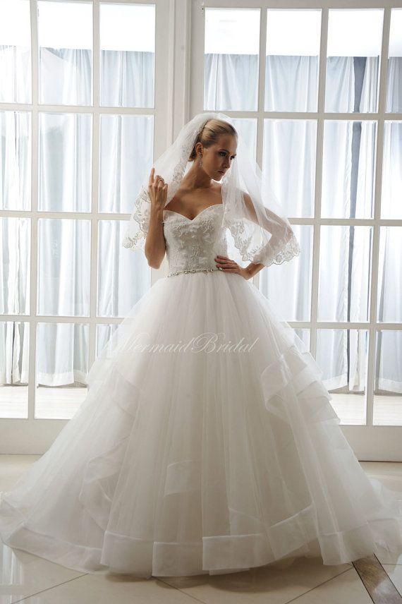 Layered Tulle Wedding Dresses : Designer wedding dress layered tulle skirt ball gown