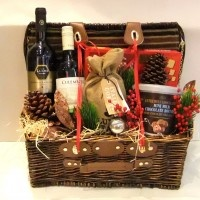 Family Goodies Basket Hampers http://flowermatters.com.sg/shop/family-goodies-basket-special/