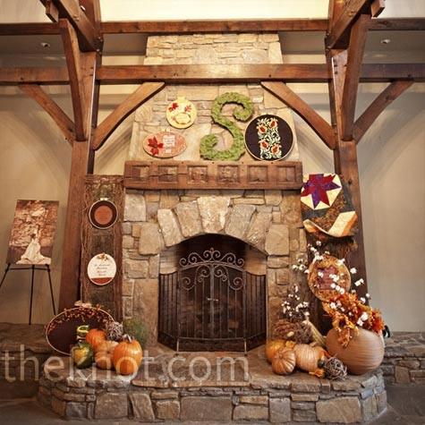 Rustic autumn decor autumn for Rustic fireplace decor