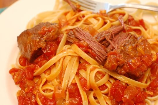 short ribs in tomato sauce | In the Kitchen | Pinterest