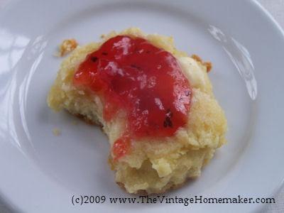 Strawberry Kiwi Jam | The Vintage Homemaker
