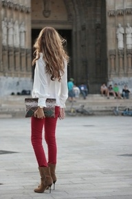 .Love the whole outfit and the hair