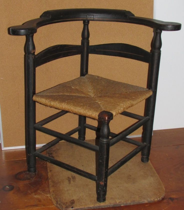 Museum quality 18th c william and mary ct ladderback