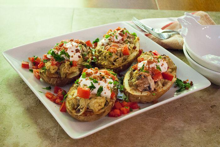 Stuffed Potato Skins with Scrambled Eggs and Mushrooms #recipes #eggs