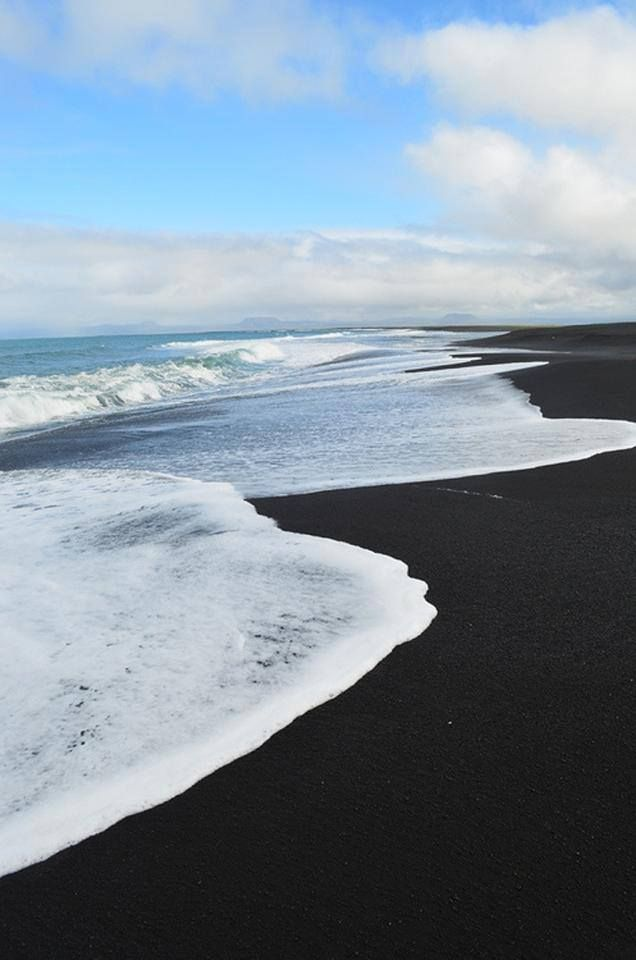 Black sand beach hawaii i love the beach pinterest Black sand beach hawaii