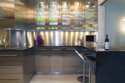 When homeowners in an historic Art Deco landmark building plan a classic kitchen, stainless steel is probably not the first material that comes to mind. But traditional ideas on what constitutes a classic look are changing.
