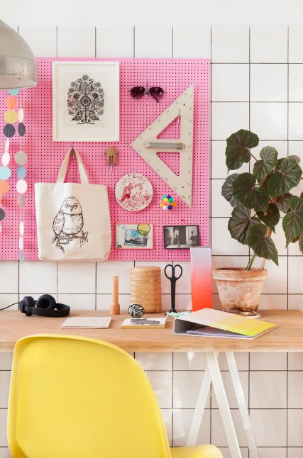 DIY make a cool notice board with a cool plant next it
