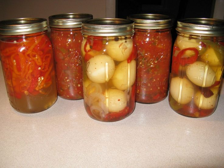 The BEST spicy pickled EGGS recipe!