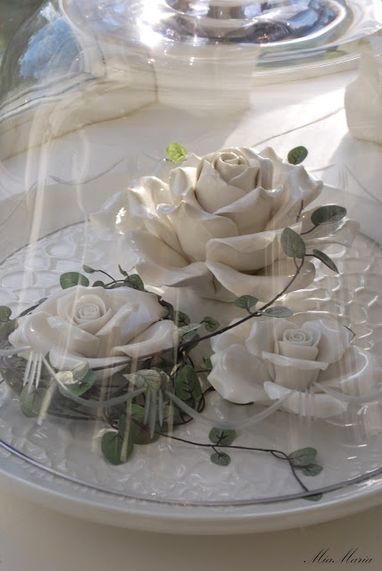 Roses under glass cloche to my heart pinterest for Rose under glass