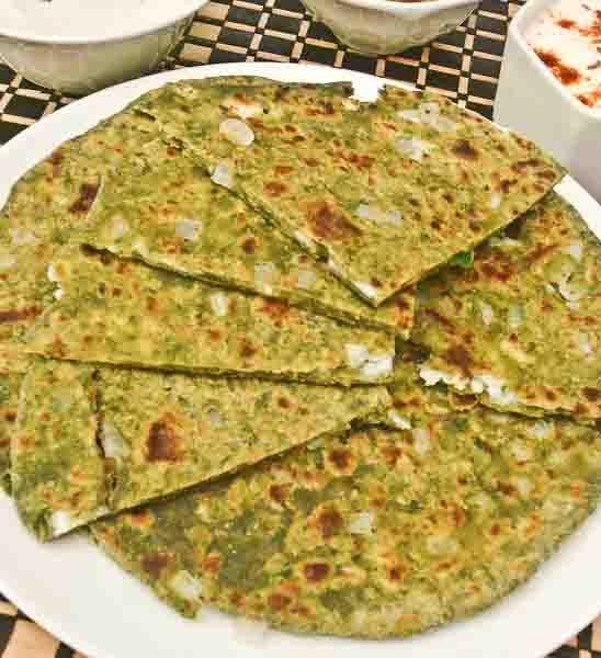 Recipe: Palak Paneer Stuffed Paratha {Flat Indian 'Bread' w/ spinach ...