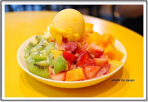 fruit shaved ice #Taiwan | Taiwanese Food 台灣美食 | Pinterest