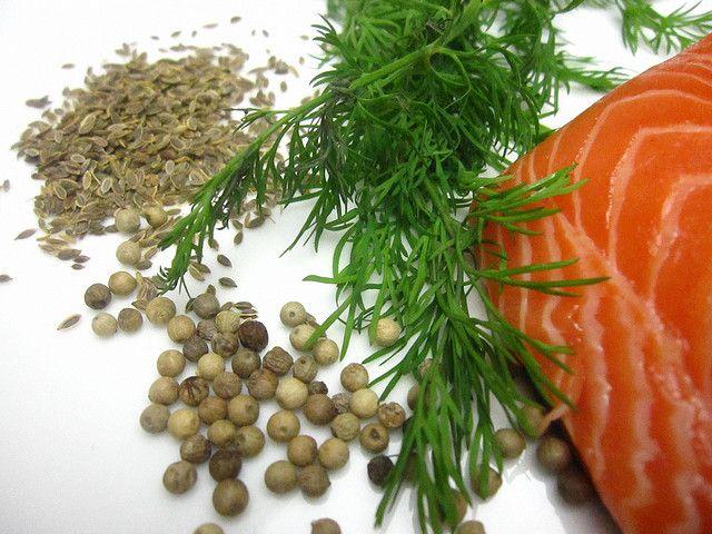 How to Make Gravlax - homemade smoked/cured salmon
