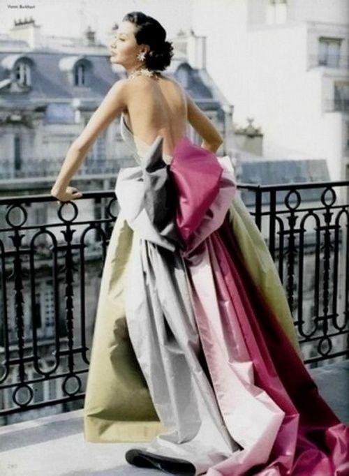Model wearing an evening Gown - 1955 - Paris - @~ Mlle