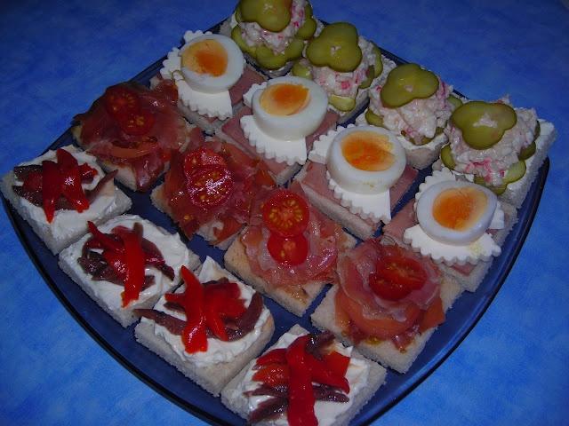 Canap s entrantes y aperitivos aperitivos pinterest for Canapes y aperitivos