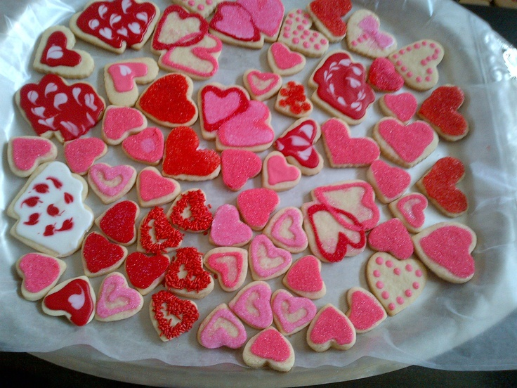 valentines day cookie decorating