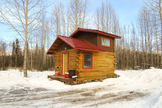 Small but cozy alaska cabins cabins pinterest for Alaska cottage