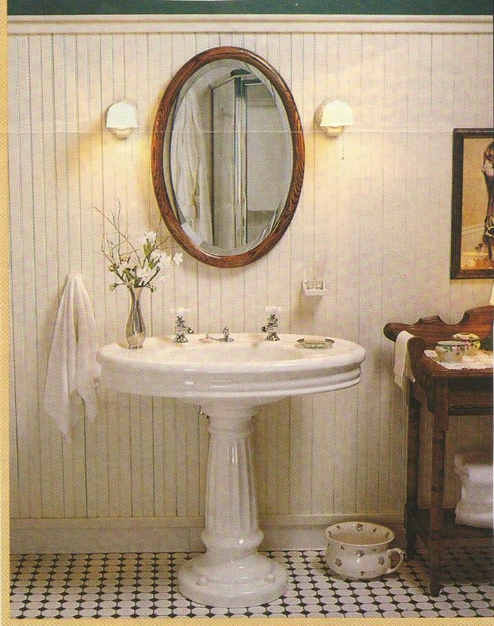 Old fashion bathrooms