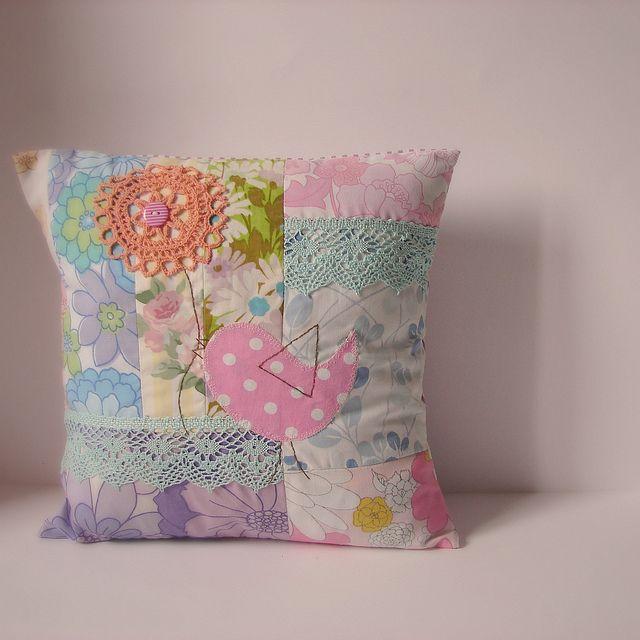 Подушка лоскутное птица цветок старинные fabrics2 | Flickr - Photo Sharing!