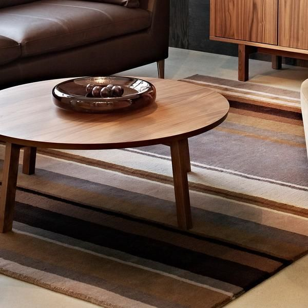 Modern interior design ideas and home furnishings in brown color