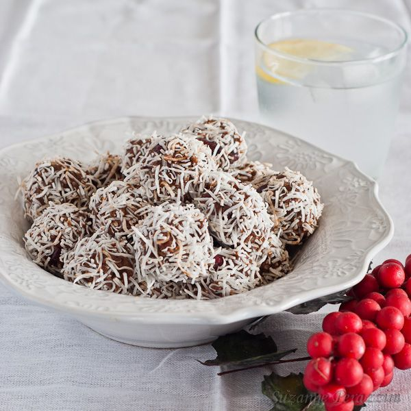 Cranberry Chocolate Truffles Recipe — Dishmaps